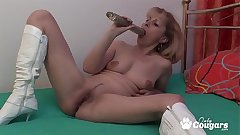 Granny In Fuck Me Charlady Plays With Her Ancient Beaver