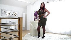 Busty seduction with ultra hot opulence Milf Emma Butt makes you cum big time