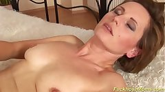 hairy mom gets a strong dick