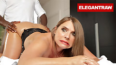 Sexy Susi is ready for her Anal Massage Therapy