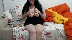 Milf Sireah having it away and moaning primarily a 5 inch learn of